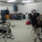 En el local de ensayo